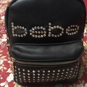Have to many handbags, no need